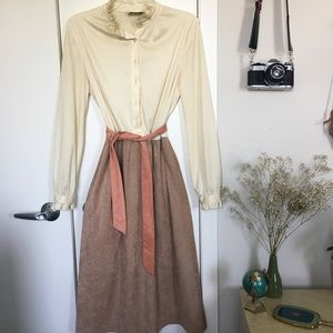 "Vintage 1970s ""Teacher"" Dress w Belt"